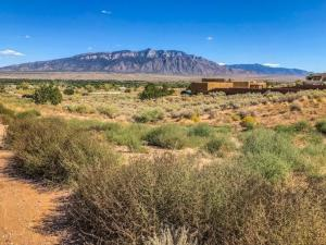 6101 MILLER Road NE, Rio Rancho, NM 87144