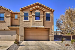 705 MORAGA Way NE, Albuquerque, NM 87123