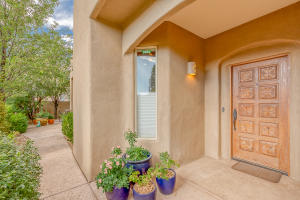 8815 Desert Finch Lane NE, Albuquerque, NM 87122