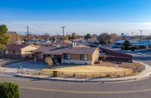 5958 Carlos Rey Circle SW, Albuquerque, NM 87121