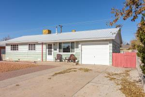 4705 Goodrich Avenue NE, Albuquerque, NM 87110