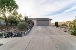 10633 EASY Street NW, Albuquerque, NM 87114