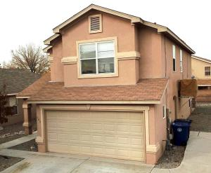 909 Telstar Loop NW, Albuquerque, NM 87120