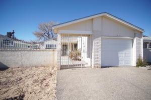 159 MICA Drive NE, Rio Rancho, NM 87124