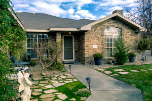4801 SNAPDRAGON Road NW, Albuquerque, NM 87120