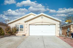 8847 ODIN Road SW, Albuquerque, NM 87121