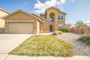10400 VALLECITO Drive NW, Albuquerque, NM 87114