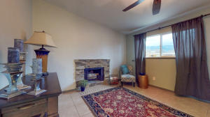 701 CLAUDINE Street NE, Albuquerque, NM 87123