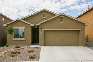 9904 Farinosa Avenue SW, Albuquerque, NM 87121