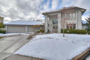 6401 PRAIRIE DUNES Street NE, Albuquerque, NM 87111
