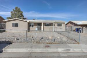 10005 MELINDA Avenue SW, Albuquerque, NM 87121