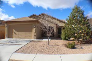 11011 TOPACIO Street NW, Albuquerque, NM 87114