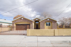 1404 8TH Street SW, Albuquerque, NM 87102