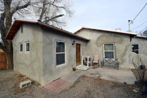 1625 MENAUL Boulevard NW, Albuquerque, NM 87107