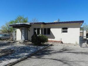 439 TEXAS Street SE, Albuquerque, NM 87108