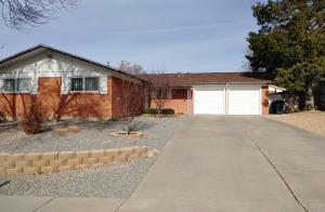 10301 San Gabriel Road NE, Albuquerque, NM 87111