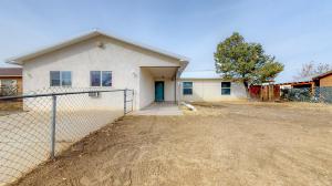 831 LANCELOT Street SW, Los Lunas, NM 87031