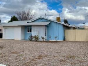 304 CONCHAS Street NE, Albuquerque, NM 87123