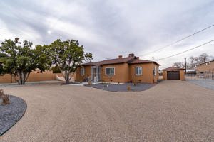 3805 12TH Street NW, Albuquerque, NM 87107