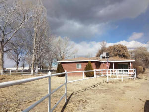 32 LAZY Lane, Belen, NM 87002