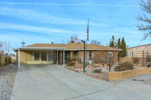 5921 CAMBRIA Road NW, Albuquerque, NM 87120