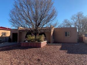 416 General Patch Street NE, Albuquerque, NM 87123