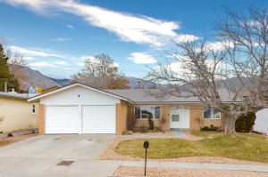 1604 CULLEN Lane NE, Albuquerque, NM 87112
