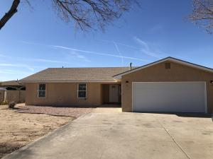 5400 DON MIGUEL Place SW, Albuquerque, NM 87105