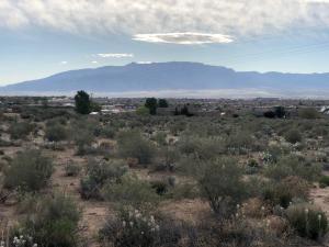 1216 Villa Road SE, Rio Rancho, NM 87124