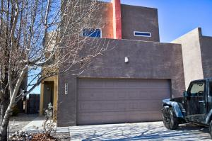 909 TEAGAN Court NE, Albuquerque, NM 87112