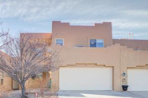 243 Hendren Lane NE, Albuquerque, NM 87123