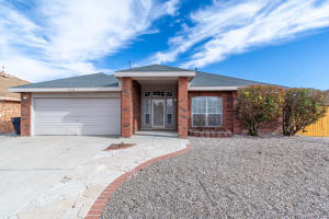2518 PARKWEST Drive NW, Albuquerque, NM 87120