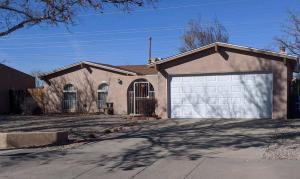 5221 CALLE NUESTRA NW, Albuquerque, NM 87120