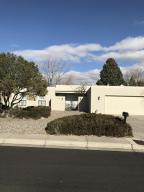 6124 TORREON Drive NE, Albuquerque, NM 87109