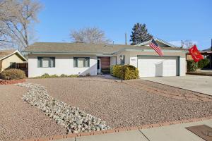 9013 ASPEN Avenue NE, Albuquerque, NM 87112