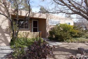 11617 Snow Heights Boulevard NE, Albuquerque, NM 87112