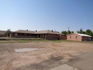 914 W REINKEN Avenue, Belen, NM 87002