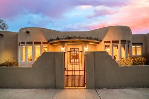 1500 Douglas Macarthur Drive NW, Albuquerque, NM 87107