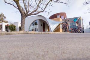 418 RICHMOND Place NE, Albuquerque, NM 87106