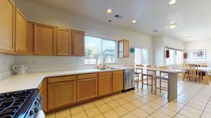 7000 Casa Elena Drive NE, Albuquerque, NM 87113