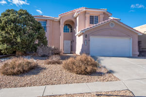 8105 RANCHO SUENO Court NW, Albuquerque, NM 87120