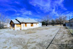 1638 ISLETA Boulevard SW, Albuquerque, NM 87105