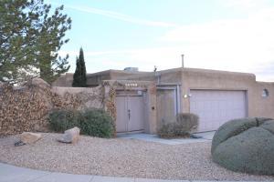 10320 CASADOR DEL OSO NE, Albuquerque, NM 87111