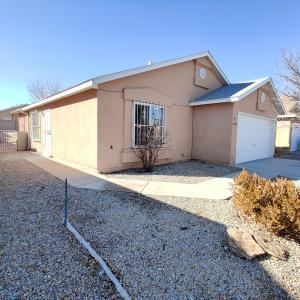 8408 LONE PRAIRIE Avenue SW, Albuquerque, NM 87121