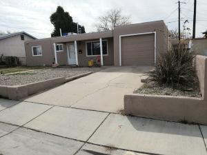 5412 ALVARADO Place NE, Albuquerque, NM 87110