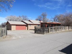 2230 HENRY Road SW, Albuquerque, NM 87105