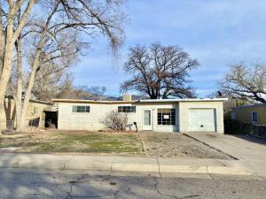 1224 Gretta Street NE, Albuquerque, NM 87112