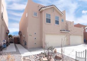 848 MESA DEL RIO Street NW, Albuquerque, NM 87121