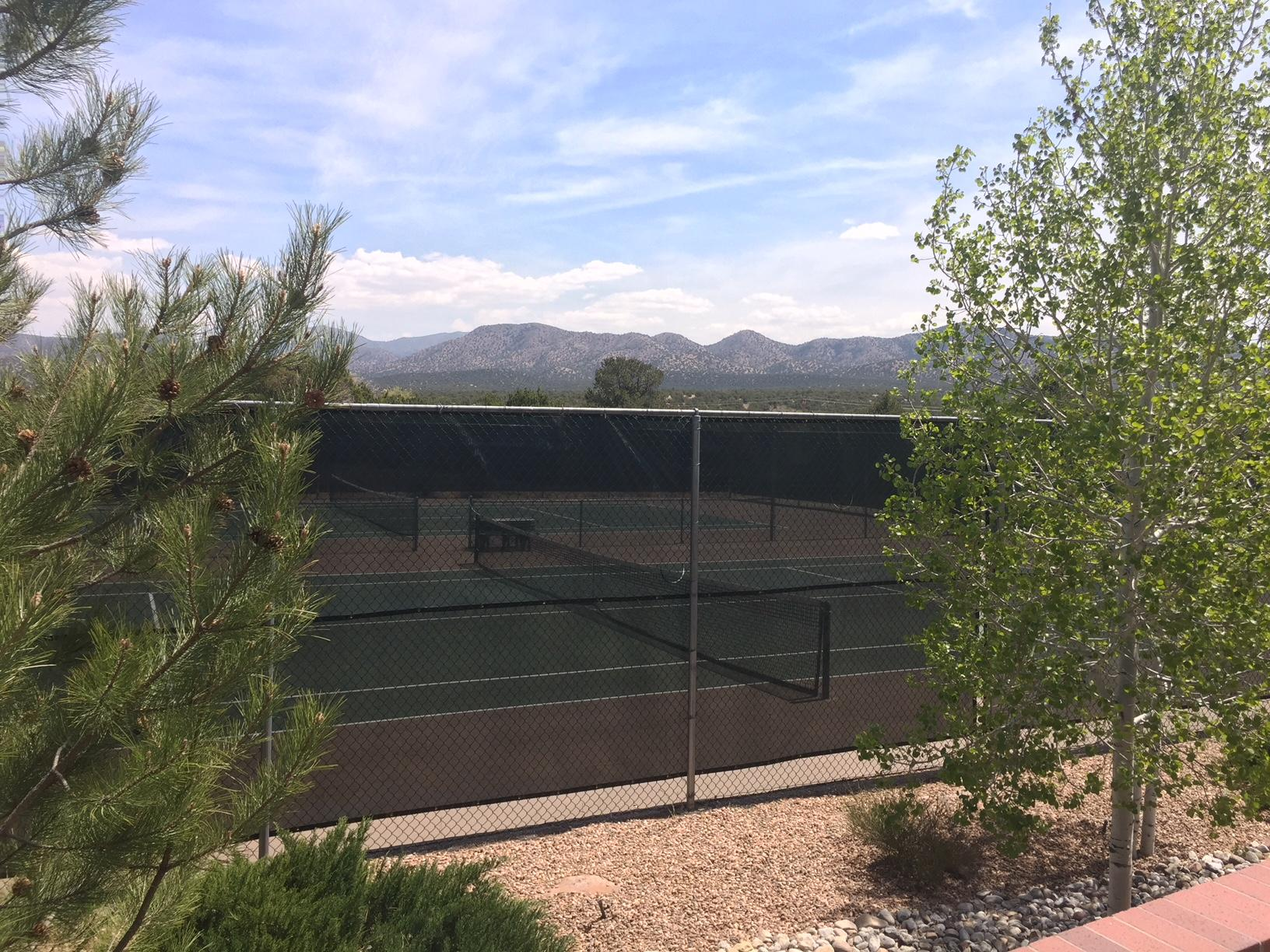 Paako Amenity Tennis Courts