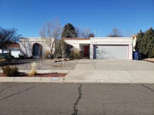 10209 JILES Drive NE, Albuquerque, NM 87111